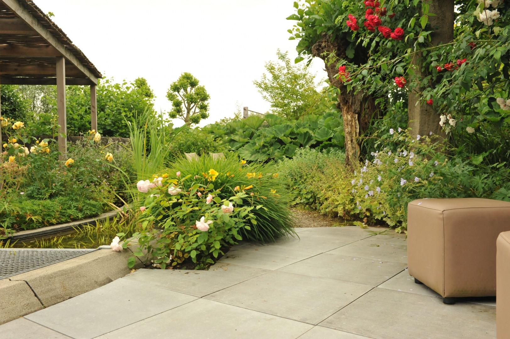 Bestrating voor een natuurlijke tuin